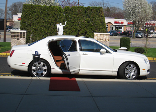 US Bargain Limo Bentley Fleet