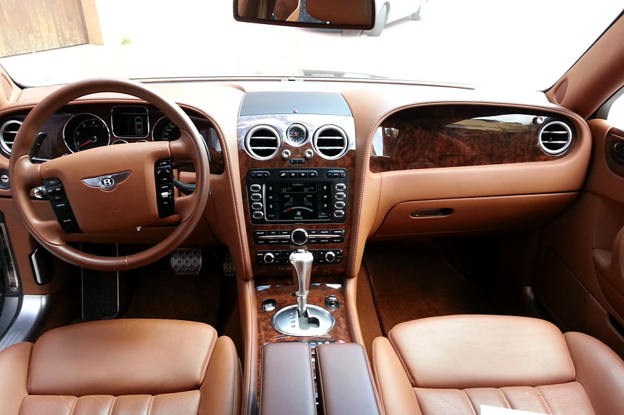 Front Console Bentley