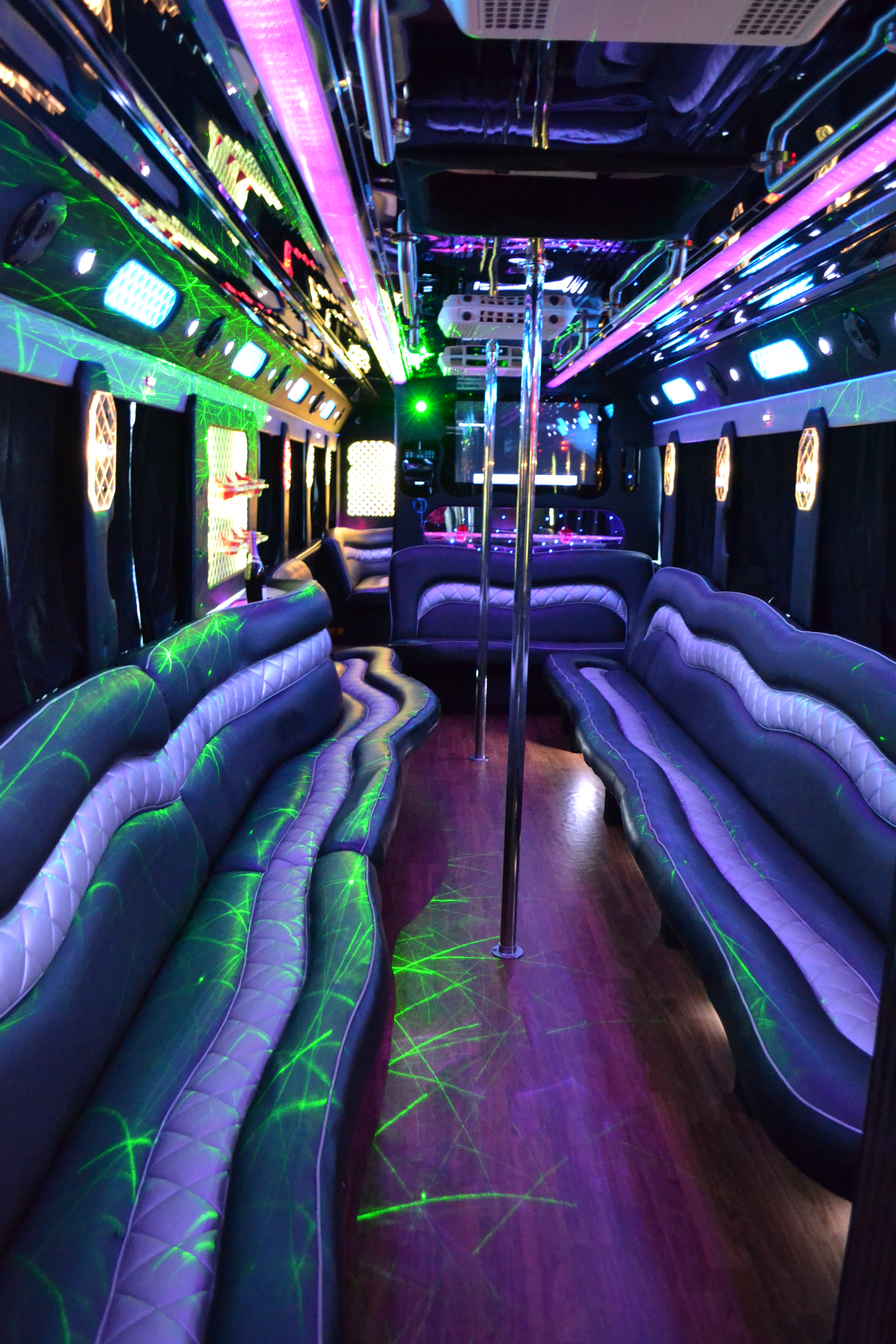US Bargain Limo 50 Pax party bus