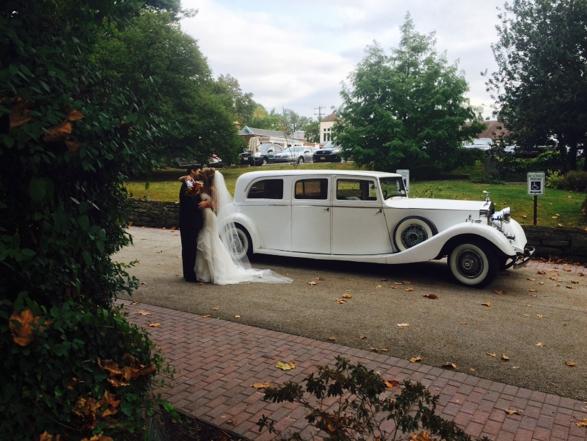 rolls royce Wedding Limo